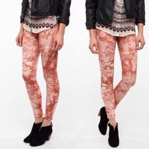 BDG High-Rise Twig Ankle Tie Dye Jeans